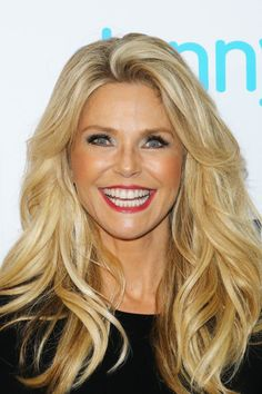 Can you believe Christie Brinkley is The supermodel isn't afraid to embrace volume, pumping up her golden blonde waves to match her megawatt smile.RELATED: The 21 Biggest Hair Color Trends for 2017 Hair Color Asian, Hair Color Dark, Gwen Stefani, Jennifer Aniston, Lauren Conrad, Blue Eyes Men, Greys Anatomy Brasil, Anti Aging, Short Hairstyles