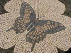 It is a fact that most of the sidewalks in the Portuguese cities are covered with pavement. Explore the Portugal pavement history and art Mosaic Garden, Garden Art, Pavement Design, Crazy Paving, Dragon Pattern, Kiesel, Graffiti, Beautiful Streets, Portuguese Tiles