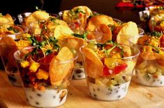 Dahi papdi chaat (individual cups) More from my site Spicy Lamb Samosa Cups – a quick and easy appetiser for your party table! Indian Appetizers, Indian Snacks, Appetizers For Party, Indian Food Recipes, Appetizer Recipes, Dinner Recipes, Dinner Parties, Easy Wedding Food, Wedding Food Catering