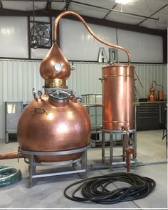 "At Algodones Distillery we honor that philosophy and hand craft spirits that reflect their time and place.  Using traditional pot stills, artesian well water and our bosque location for aging, we source and distill local ingredients from blue corn to pinon, juniper and more into ""The Spirit of New Mexico"".  Copper pot still Hoga style"