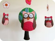 Cute Owl Mobile by homemade by jill Owl Crafts, Crafts For Kids, Nursery Crafts, Craft Projects, Sewing Projects, Tree Templates, Applique Templates, Applique Patterns, Owl Ornament