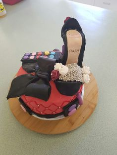 Shoe and make up cake