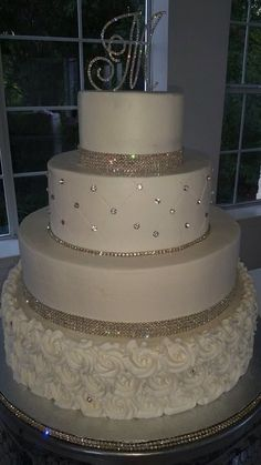Blingy cake - Torte hochzeit -You can find Bling wedding and more on our website. Bling Wedding Cakes, Elegant Wedding Cakes, Beautiful Wedding Cakes, Wedding Cake Designs, Beautiful Cakes, Bling Cakes, Diamond Wedding Cakes, Elegant Cakes, Wedding Themes