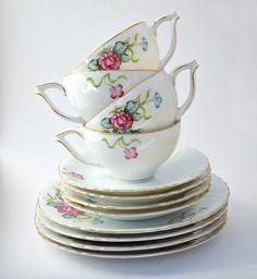 lovely vintage tea set