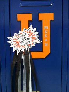 Game day locker decoration for Megan!  My first creation...not too shabby for a newbie!