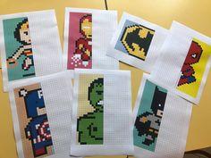 Bonjour à tous, Nous vous avons préparé une chouette activité à faire avec les élèves... le Pixel Art ;) Ici on a décidé de travailler la symétrie tout en s'amusant, et quoi de... Math 5, Fun Math, School Games, Art School, Pixel Art Super Heros, Cycle 3, Drawing For Kids, Hama Beads, Cool Gadgets