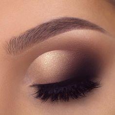 30 Eye Makeup Looks That'll Blow You Away - #makeup #eyeshadow #eyeliner #eyemakeup #eyebrows