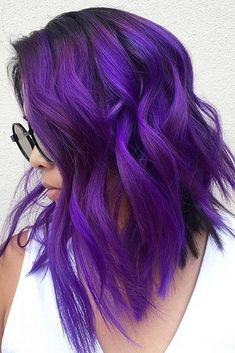 Saturated Dark Purple Shade #purplehighlights #highlights #haircolor #wavyhair #mediumhair ❤️See what a deep and bright look you can get with purple highlights! Purple balayage, blue ombre, and many cool hair color ideas are here!  ❤️ See more: http://lovehairstyles.com/purple-highlights-unique-hair-look/ #lovehairstyles #hair #hairstyles #haircuts Bright Purple Hair, Deep Purple Hair, Hair Color Purple, Hair Color 2017, Blue Hair, Wavy Hair, Blue Ombre, Cool Hair Color, Beautiful Hair Color