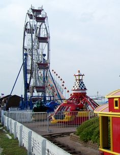 Explore 3 Miles of Oceanfront Fun on the Virginia Beach Boardwalk: Boardwalk Amusements Park