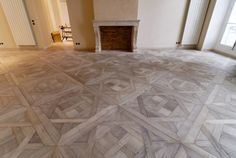 Atelier des Granges (French parquet) - Overview of panels Aremberg gray leached in the stay room - Best Flooring, Timber Flooring, Parquet Flooring, Hardwood Floors, Wood Floor Pattern, Floor Patterns, Wooden Pattern, Parquet Versailles, Versailles Pattern