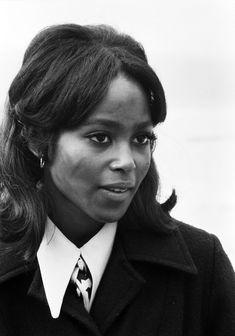 Baddie Hairstyles, Black Girls Hairstyles, Pretty Black, Beautiful Black Women, Black Actresses, Black Actors, Black Magazine, Under Your Spell, Vintage Black Glamour