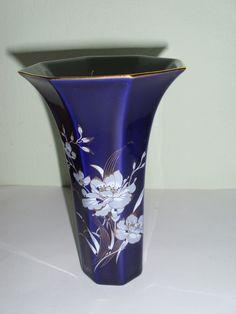 http://de.dawanda.com/product/74740979-Vase-Hutschenreuther-Kobalt-blau