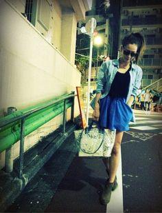 シャツ: ZARA  インナー: yupendi  ボトム: H  ブーツ: TOPSHOP  バック: SHIPS  BLUEの画像 | 中村アンオフィシャルブログ Powered by Ameba