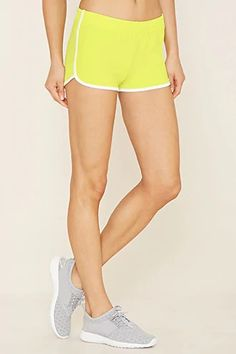 Look and feel your best in Forever 21 activewear and workout clothes for women! Get fit in our sports bras, leggings, shorts, crop tops & more. Leggings Outfit Fall, Dolphin Shorts, Tee Shirts, Tees, Athletic Fashion, Ladies Dress Design, Workout Leggings, Fun Workouts, Teen Fashion