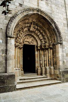 Portada Iglesia de Santiago (Betanzos - Spain)