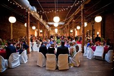 Is not serving dinner at wedding reception acceptable? Yes. Then what can be served intead for the wedding reception? Find some budget friendly alternatives here.