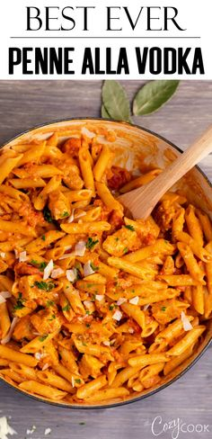 Penne Alla Vodka This Easy Penne Alla Vodka Recipe Is Made With Perfectly Seared Chicken Chunky Tomatoes And The Best Creamy Marinara Sauce Penneallavodka Chicken Pasta Penne Italianrecipes Pasta Con Vodka, Penne Vodka Sauce, Pasta Sauce Recipes, Best Pasta Recipes, Chicken Pasta Recipes, Dinner Recipes, Cooking Recipes, Healthy Recipes, Best Penne Alla Vodka Recipe
