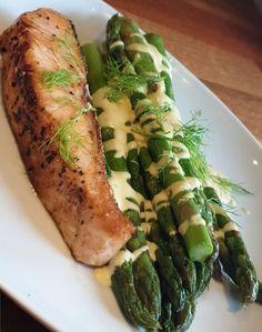 lavkarbomedhanne – Luksus sjokoladekake Asparagus, Vegetables, Food, Studs, Essen, Vegetable Recipes, Meals, Yemek, Veggies