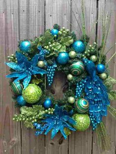 Love the Peacot blues & greens for the Holidays