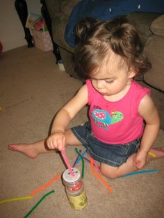 Easy Toddler Activities Simple Quick pipe cleaner