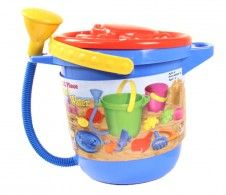 Supply your little one with all day fun at the beach with MagNiff Sand and Water 12 Piece set | www.islandbeachgear.com