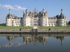 Château de Chambord - the largest castle in the Loire Valley (looks like a real version of the Disney castle!) Open 9am-6pm. Admission €8, parking €3.