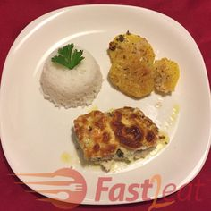 Tomato And Cheese, Pesto Chicken, I Love Food, Food Pictures, Healthy Eating, Lunch, Healthy Recipes, Meals, Dinner