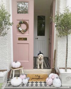 This excellent welcome sign front doors is definitely a very inspirational and extraordinary idea Pink Paint Colors, Door Paint Colors, Front Door Colors, Front Door Decor, Farrow And Ball Front Door Colours, Farrow Ball, Front Door Accessories, Painted Front Doors, Front Door Design
