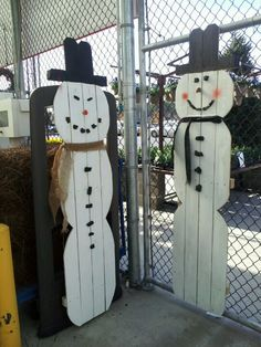 Christmas Crafts Made From Fence Panels