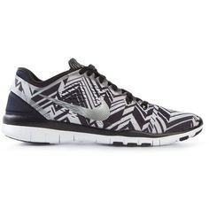 Nike Free 4.0 Sneakers featuring polyvore, fashion, shoes, sneakers, black, round cap, rubber sole shoes, black lace up sneakers, nike shoes and zig zag shoes