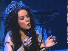 Sarah Brightman   Hijo De La Luna Live in concert Muito linda cantando. Essa música