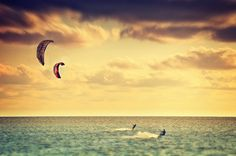 Kitesurfen Retro von Angela Dölling » seen.by Fotokunst