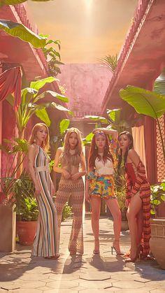 Moonbyul, solar, hwasa y wheein Kpop Girl Groups, Korean Girl Groups, Kpop Girls, Christina Aguilera, Aaliyah, K Pop, Rihanna, Wheein Mamamoo, Solar Mamamoo