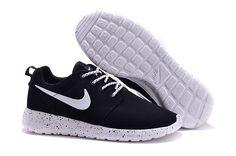 Nikes 511881-110 roshe run black white suede mens running shoes