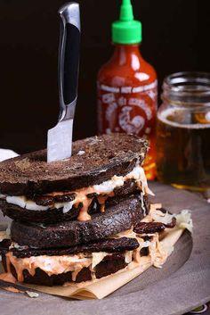 Vegan Reuben Sandwich 27 Insanely Delicious Recipes You Won't Believe Are Vegan Reuben Sandwich, Whole Food Recipes, Cooking Recipes, Dinner Recipes, Curry, Def Not, Vegan Main Dishes, Vegan Burgers, Vegan Foods