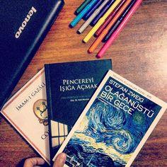 M u t L u L u k #kitapsevgisi #newbooks #okumakiptiladır #kitaplariyikivar #kitaplayasamak #okumayiseviyorum #vscokitap #vscobooks #kitapklubü #cantamdakitapvar #okumak #okumahalleri #kitaplariyikivar #kitaplarheryerde #read #reading #instabook #instabooks #kitap_molasi #kitapkurdu #yenikitaplar #yenikitaplarim #colors #books