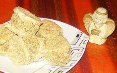 reteta buturugi cu bezea umplute cu crema de cacoa si nuca Romanian Food, Sweet Tooth, French Toast, Rolls, Sweets, Bread, Cookies, Breakfast, Desserts