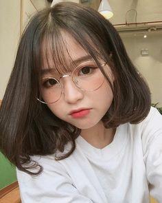 Pretty Girl of Asian - Smile Girl Beauty Ulzzang Short Hair, Korean Short Hair, Ulzzang Korean Girl, Cute Korean Girl, Pelo Ulzzang, Jung So Min, Uzzlang Girl, Asian Hair, Girl Short Hair