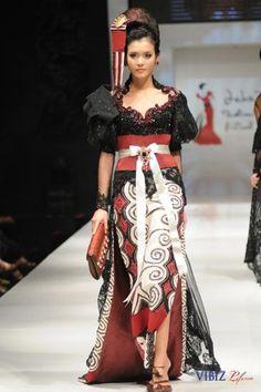 black kebaya dress