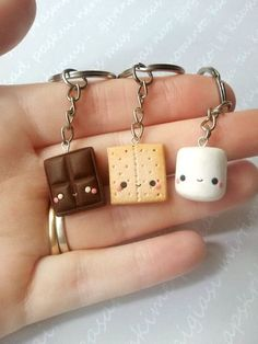 MADE TO ORDER! These are handmade polymer clay charms. Miniature food, smore is a great friendship necklace or keychain. Surprise your friend with a great gift- this charm is not only very cute but also appetizing and friendly meaningful. It comes in a miniature gifting box.  There is a picture where the item is being held to show the size of the charm  THE SET INCLUDES: 1 Chocolate charm 1 Marshmallow charm 1 Cracker charm   CHAIN OPTIONS: ✦NO CHAIN✦ -includes 3 clay charms with alloy…