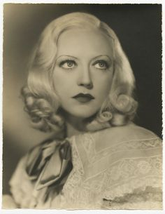 "actress Marion Davies.  By all accounts a good actress, but thanks to ""Citizen Kane"" got a rep as only getting roles due to her position as Randolph Hearst's girlfriend.  (The character loosely based on her in that movie is a minimally talented singer whose career is pushed by Kane.)"