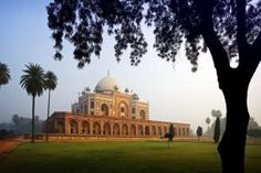 10 Must-See Attractions in Delhi: Humayun's Tomb