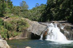 Cachoeira do Escorrega, na Vila da Maromba que fica na parte alta do Vale do Rio Preto em Visconde de Mauá. Divisa dos Estados do Rio de Janeiro e Minas Gerais.