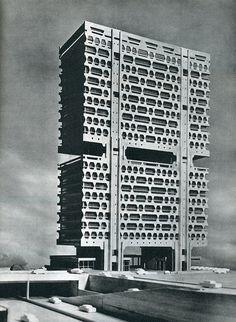 丹下健三による築地再開発計画、の中の電通本社ビル案。これは…!!!