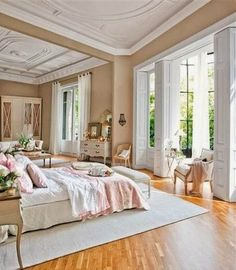 AT HOME: PASTEL PINK BEDROOM DECOR | HAMPTONS STYLE