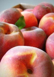 How to Freeze Peaches #freezercooking  #oamc #peaches