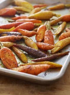 8 Roasted Vegetable Recipes Your Family Will Love - Once Upon a Chef Roasted Veggies Recipe, Roasted Carrots, Roasted Vegetables, Veggie Recipes, Cooking Recipes, Roasted Vegetable Recipes, Healthy Recipes, Carrot Curry, Veggie Side Dishes