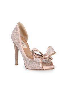 ♔ Moira Hughes // open toe pumps // wedding shoes // bow shoes // valentino // designer shoes Facebook:moirahughescouture