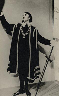 Michael Redgrave as Malvolio in Twelth Night, Liverpool Playhouse, 1936.