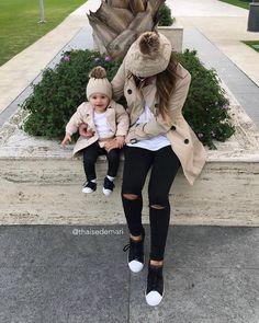 "11.3k Likes, 199 Comments - T H A I S E DE M A R I ™ (@thaisedemari) on Instagram: """"Quem tava com saidadi de mim levanta a mãum"" #baby #babygirl #maedemenina #talmaetalfilha…"""